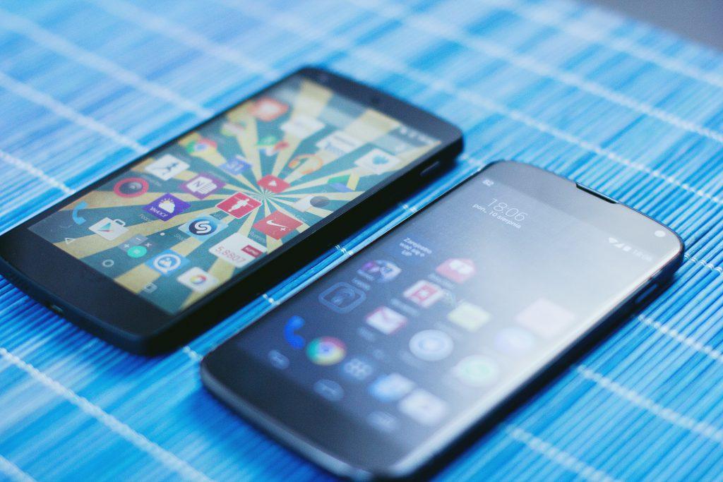 Google LG Nexus 4 & 5 - free stock photo