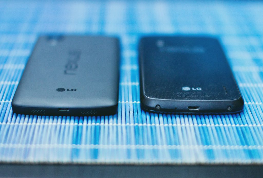 Nexus 4 and 5 - free stock photo