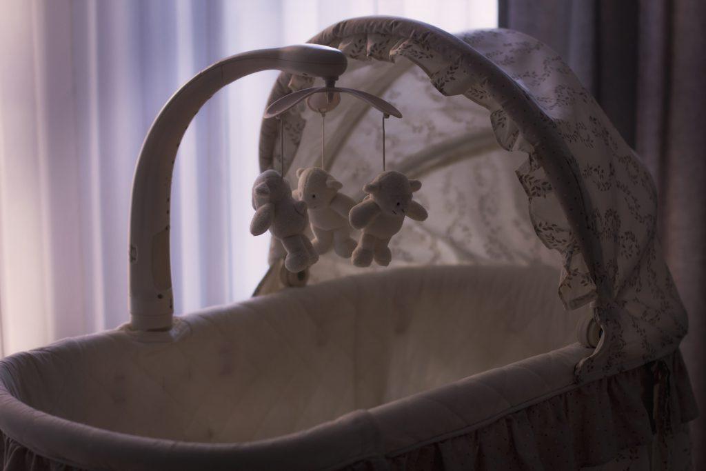 Cradle 2 - free stock photo
