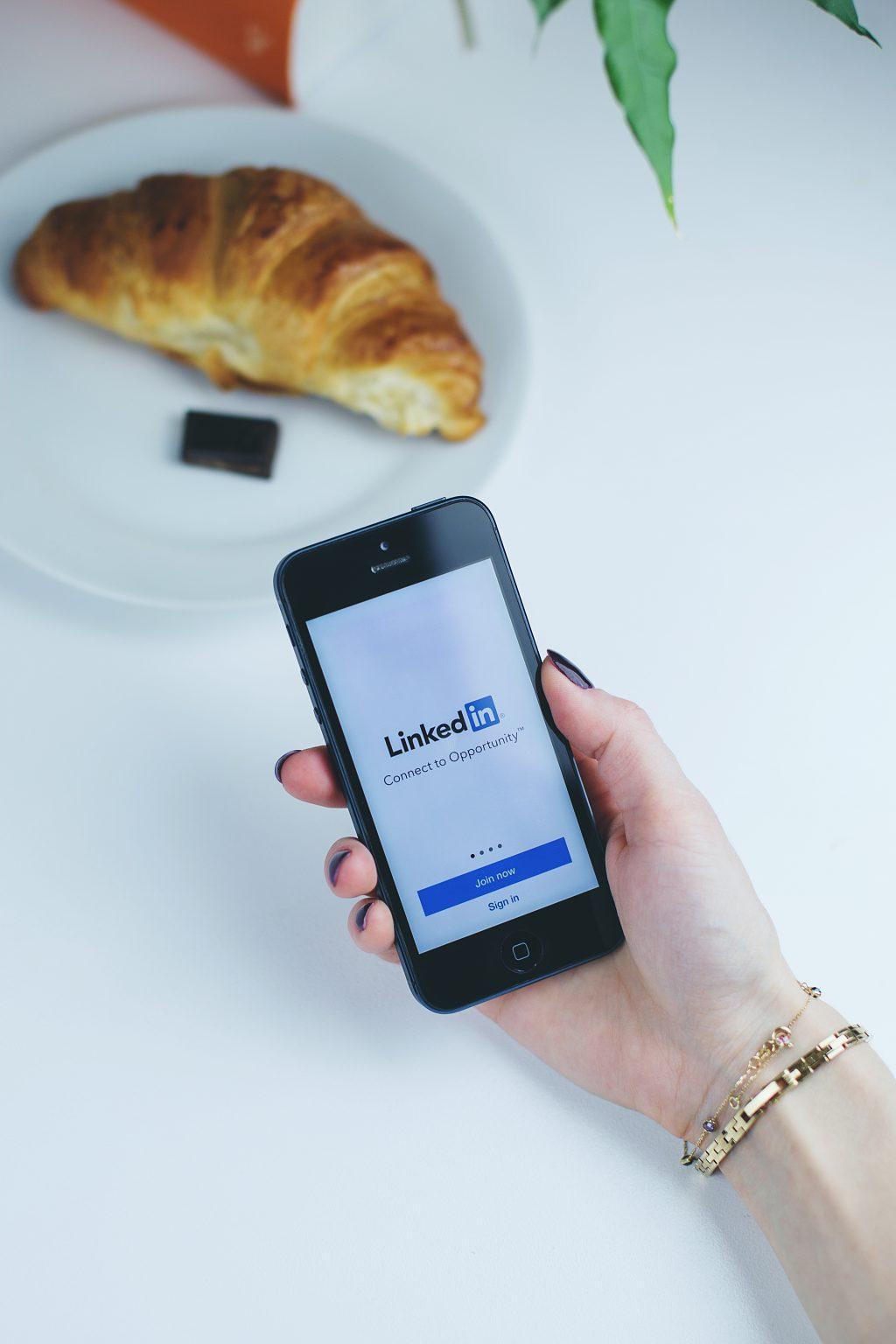 LinkedIn app - free stock photo