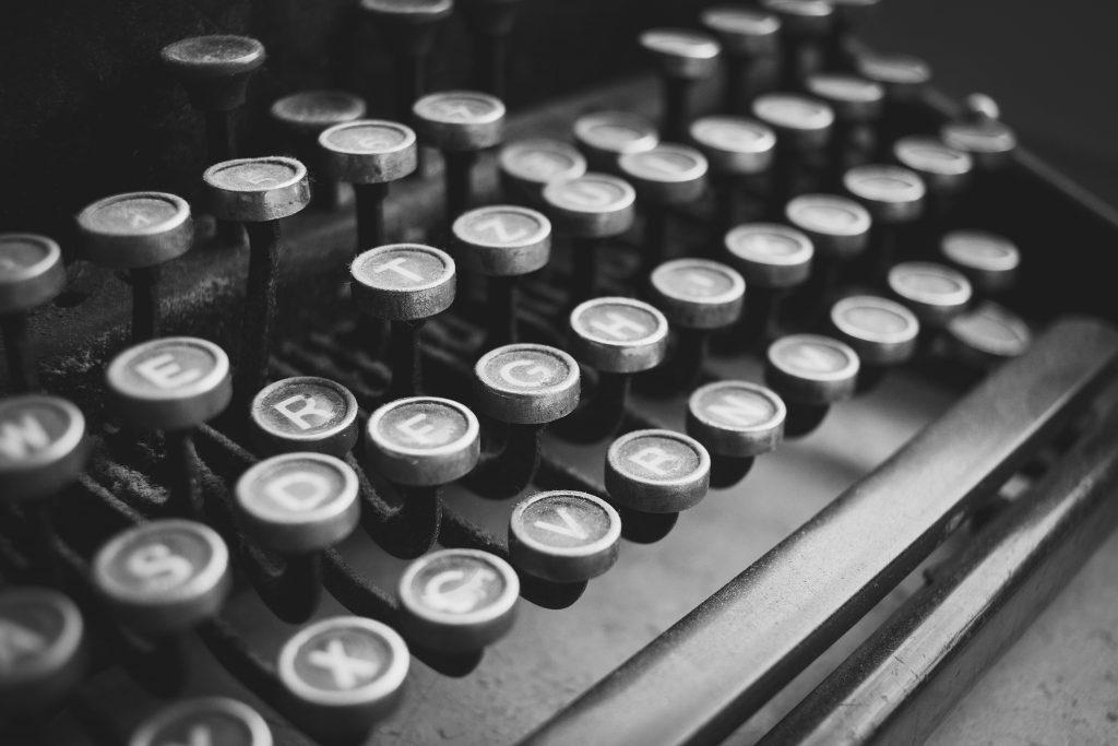 Old typewriter - free stock photo