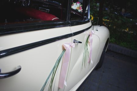 Wedding car 2 - free stock photo