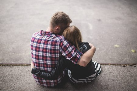Hugging couple - free stock photo