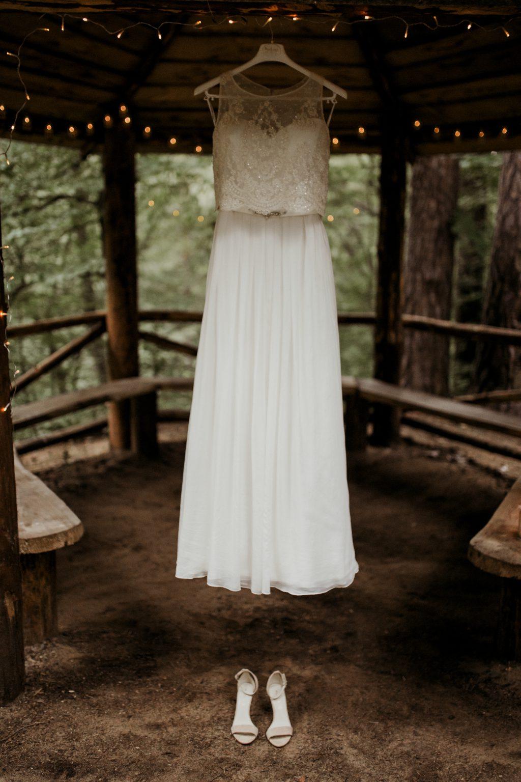 Wedding dress 3 - free stock photo