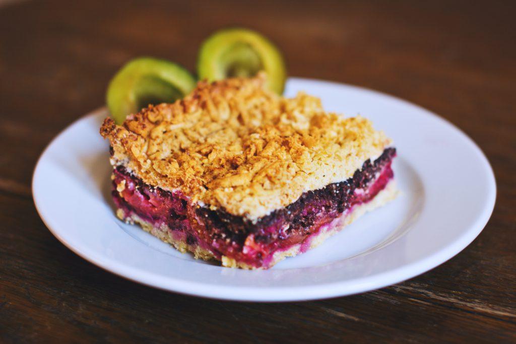 Crumble plum pie - free stock photo