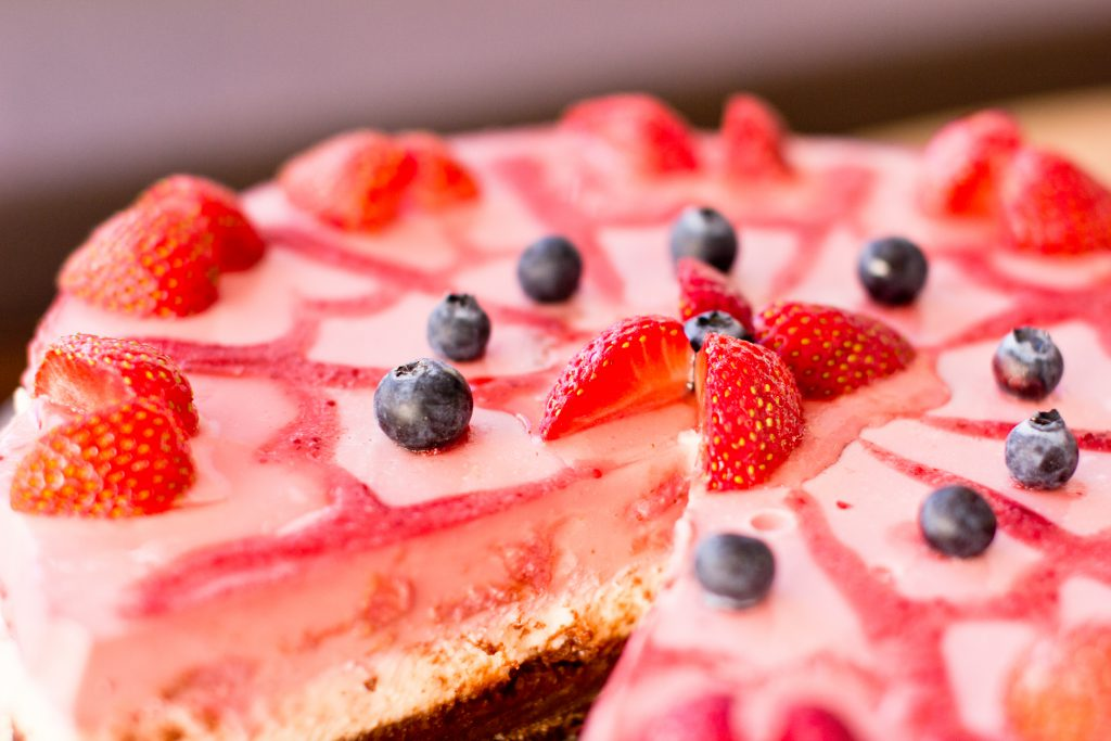 Strawberry pie 3 - free stock photo