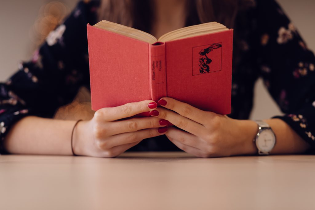 Girl reading a book - free stock photo