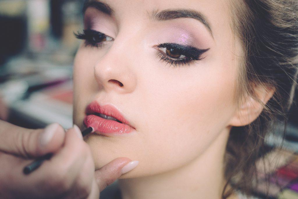 Beauty photoshoot makeup - free stock photo