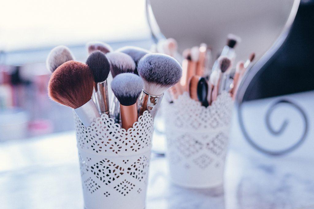Makeup brushes 2 - free stock photo
