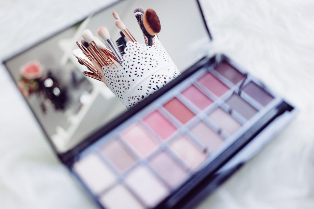 Makeup brushes and eyeshadows 2 - free stock photo