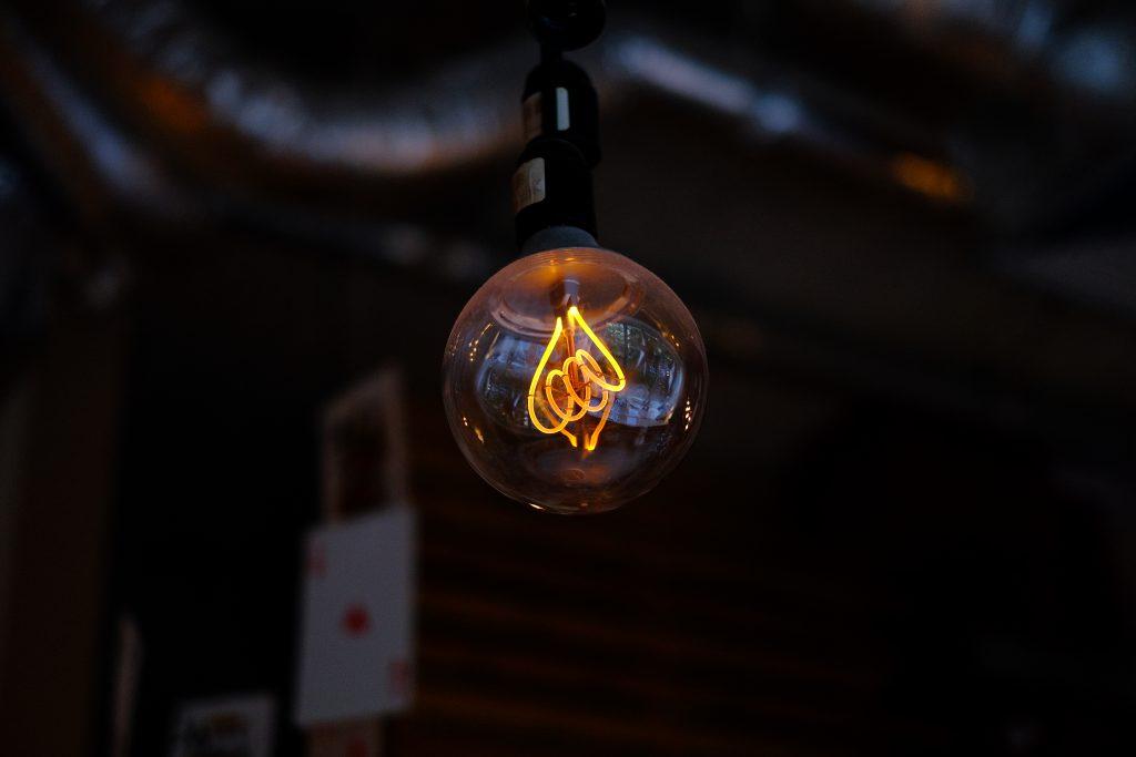 Vintage lightbulb - free stock photo