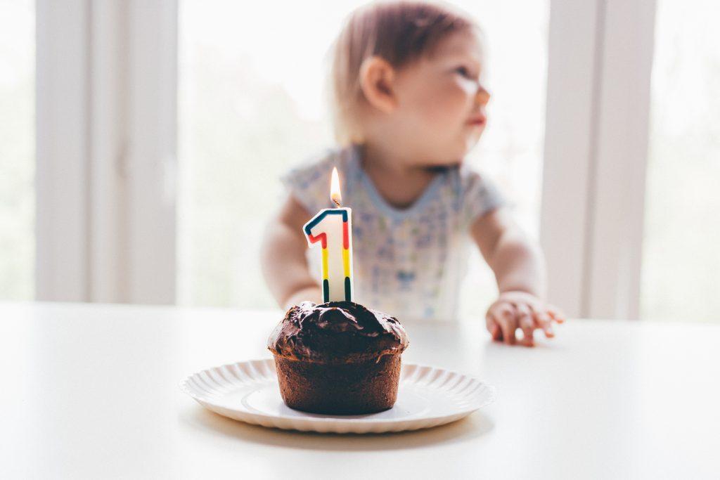 Baby birthday muffin - free stock photo