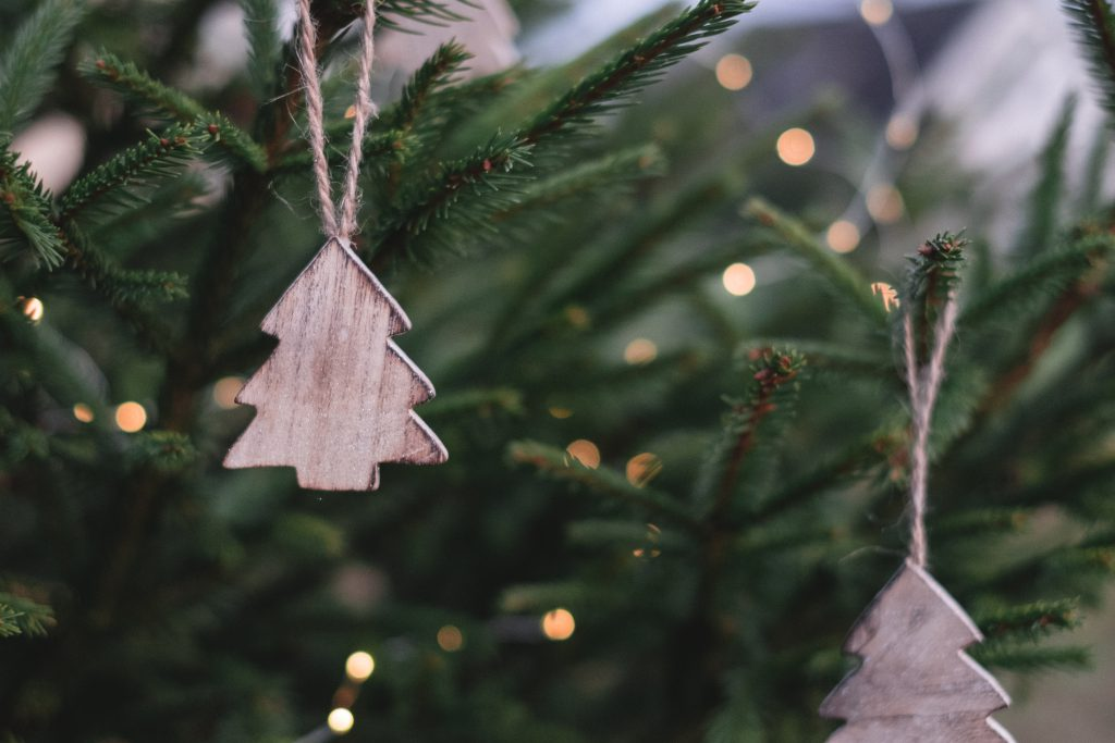 Minimal Christmas tree decoration - free stock photo