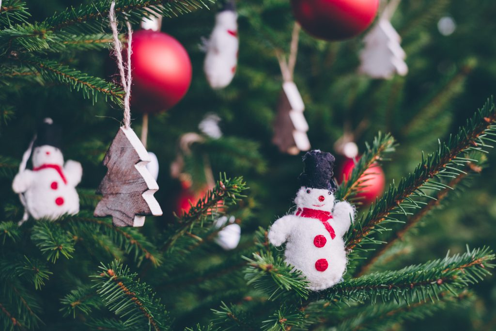 Christmas tree decoration 4 - free stock photo