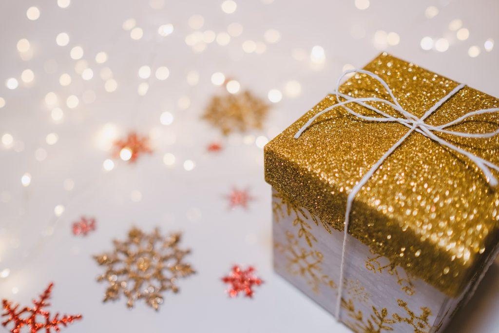 Glitter gift box - free stock photo