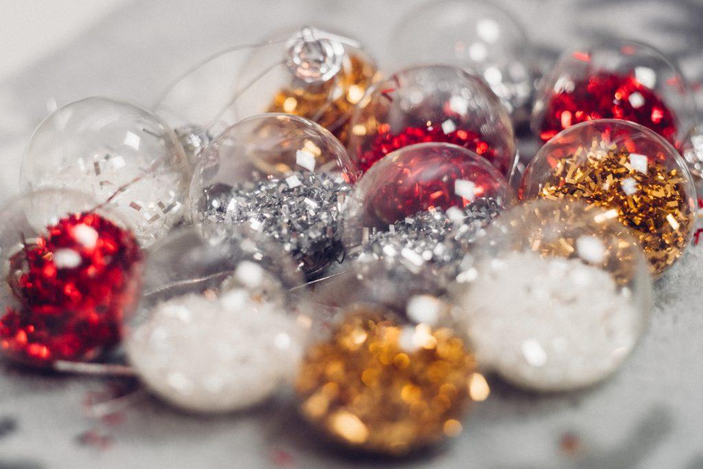 Mini baubles - free stock photo