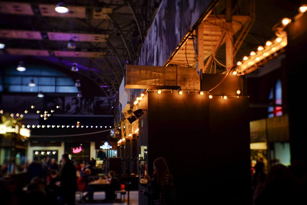 Food and drinks market lights - free stock photo