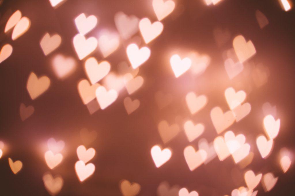 Heart shaped bokeh 2 - free stock photo