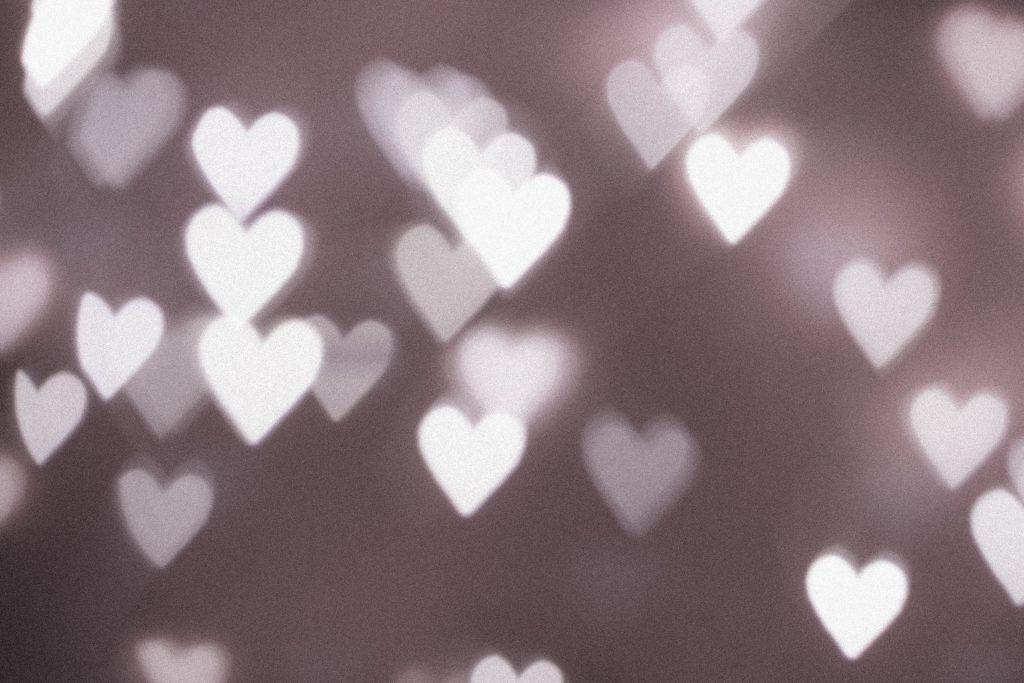 Heart shaped bokeh 3 - free stock photo