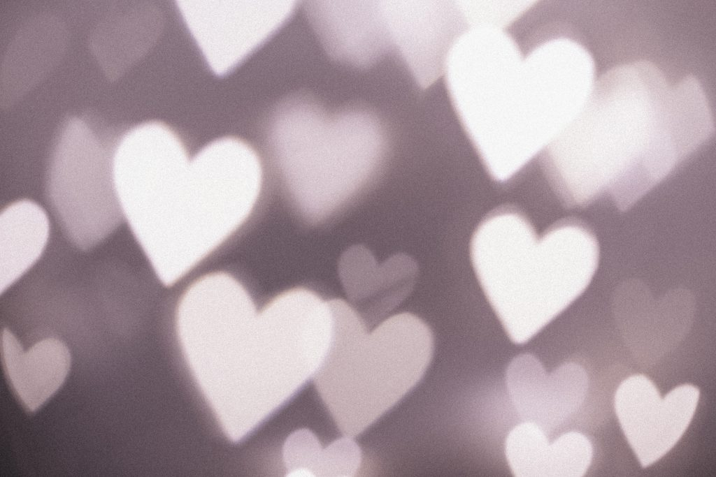 Heart shaped bokeh 4 - free stock photo