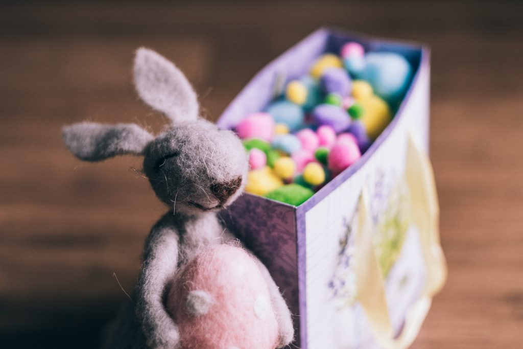 Easter bunny gift 3 - free stock photo