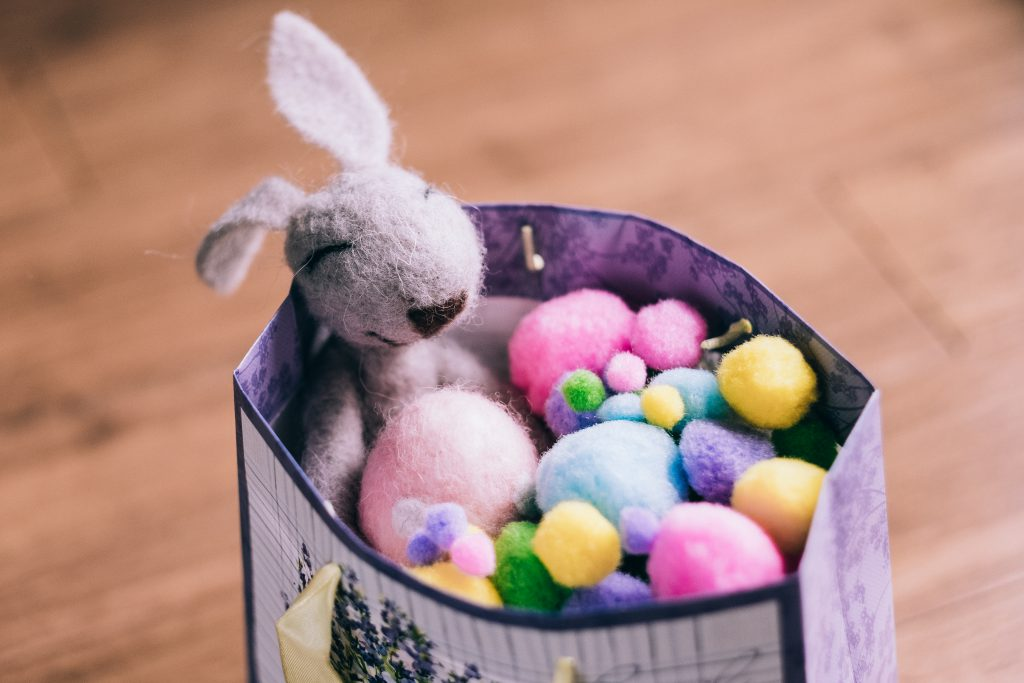 Easter bunny gift 4 - free stock photo