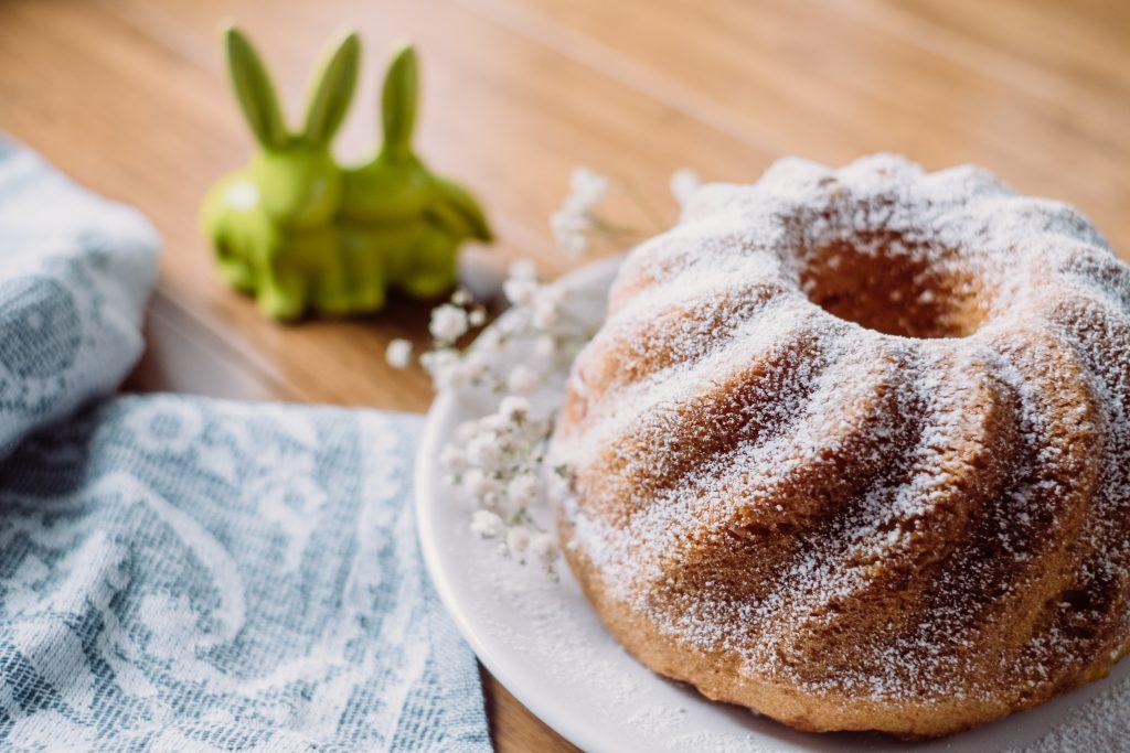 Pound Easter cake 4 - free stock photo