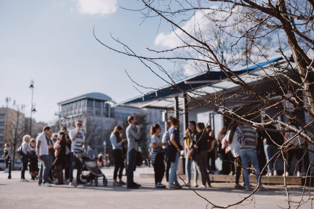 Long queue outdoors - free stock photo