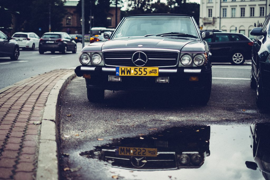 Retro Mercedes-Benz 2 - free stock photo