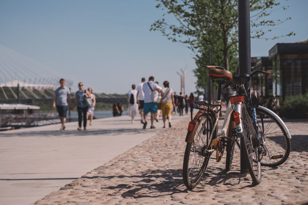 Promenade with passers by - free stock photo