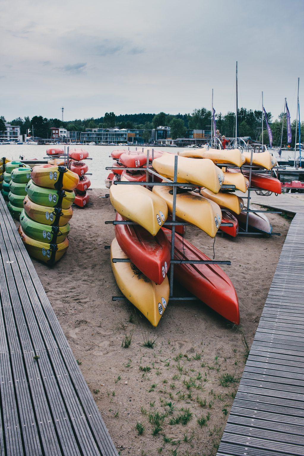 Kayak racks at the lake - free stock photo