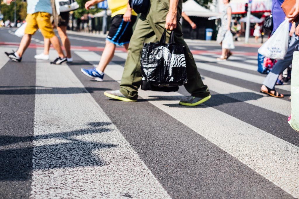 Pedestrian crossing 3 - free stock photo