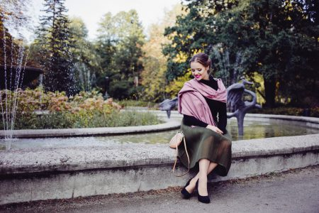 Retro style shoot in the park - free stock photo