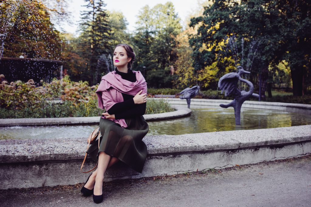 Retro style shoot in the park 2 - free stock photo