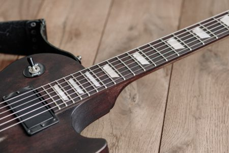Gibson electric guitar 4 - free stock photo