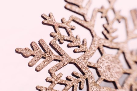 Gold glitter snowflake closeup 2 - free stock photo