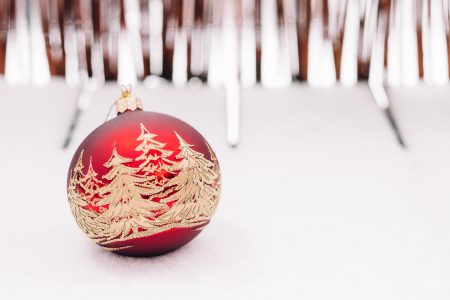 Red and gold christmas bauble 2 - free stock photo