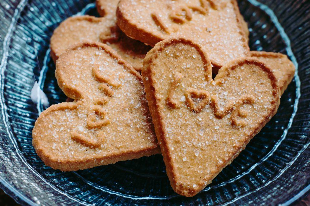 Heart-shaped cookies - free stock photo