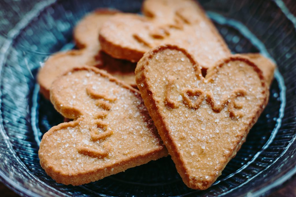 Heart-shaped cookies 2 - free stock photo