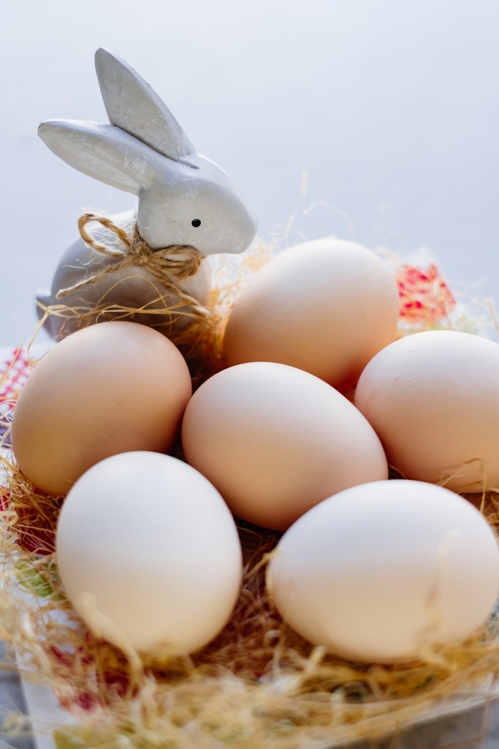 Ceramic Easter Bunny and plain eggs - free stock photo