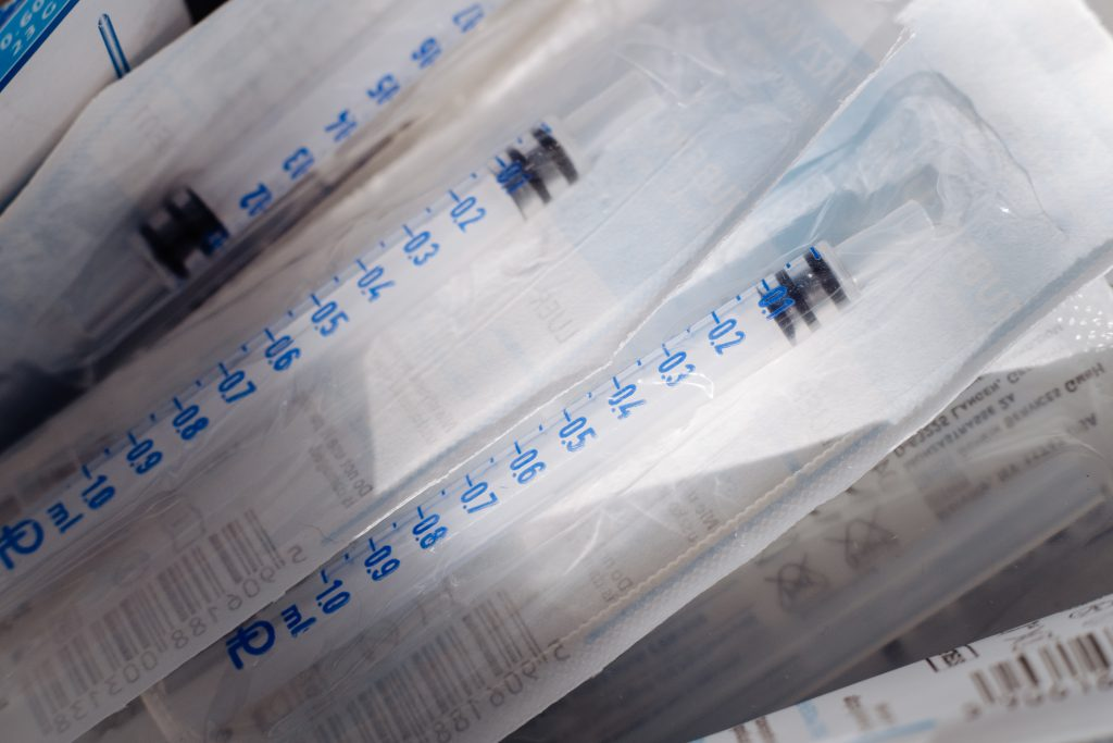 Disposable sterile insulin syringes - free stock photo