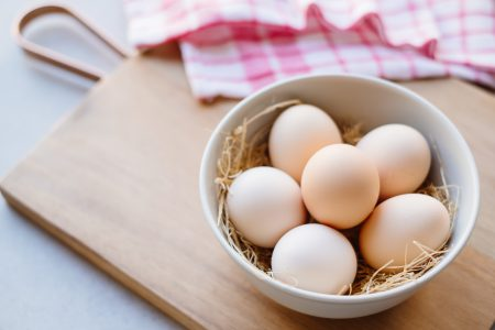 Plain eggs in a bowl - free stock photo