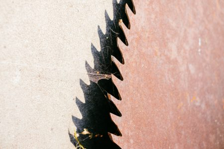 Old rusty saw blade closeup - free stock photo