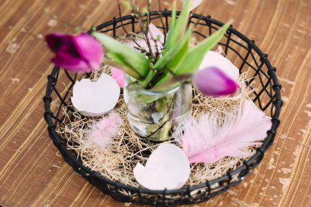 Easter table decoration with egg shells - free stock photo