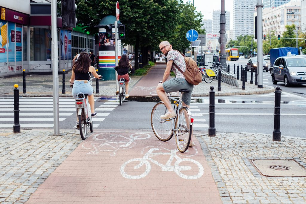 Cyclists crossing the road 2 - free stock photo