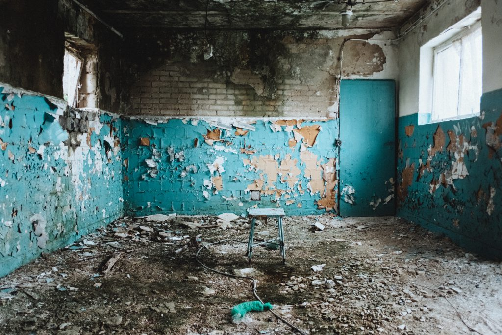 Abandoned ruined building interior - free stock photo